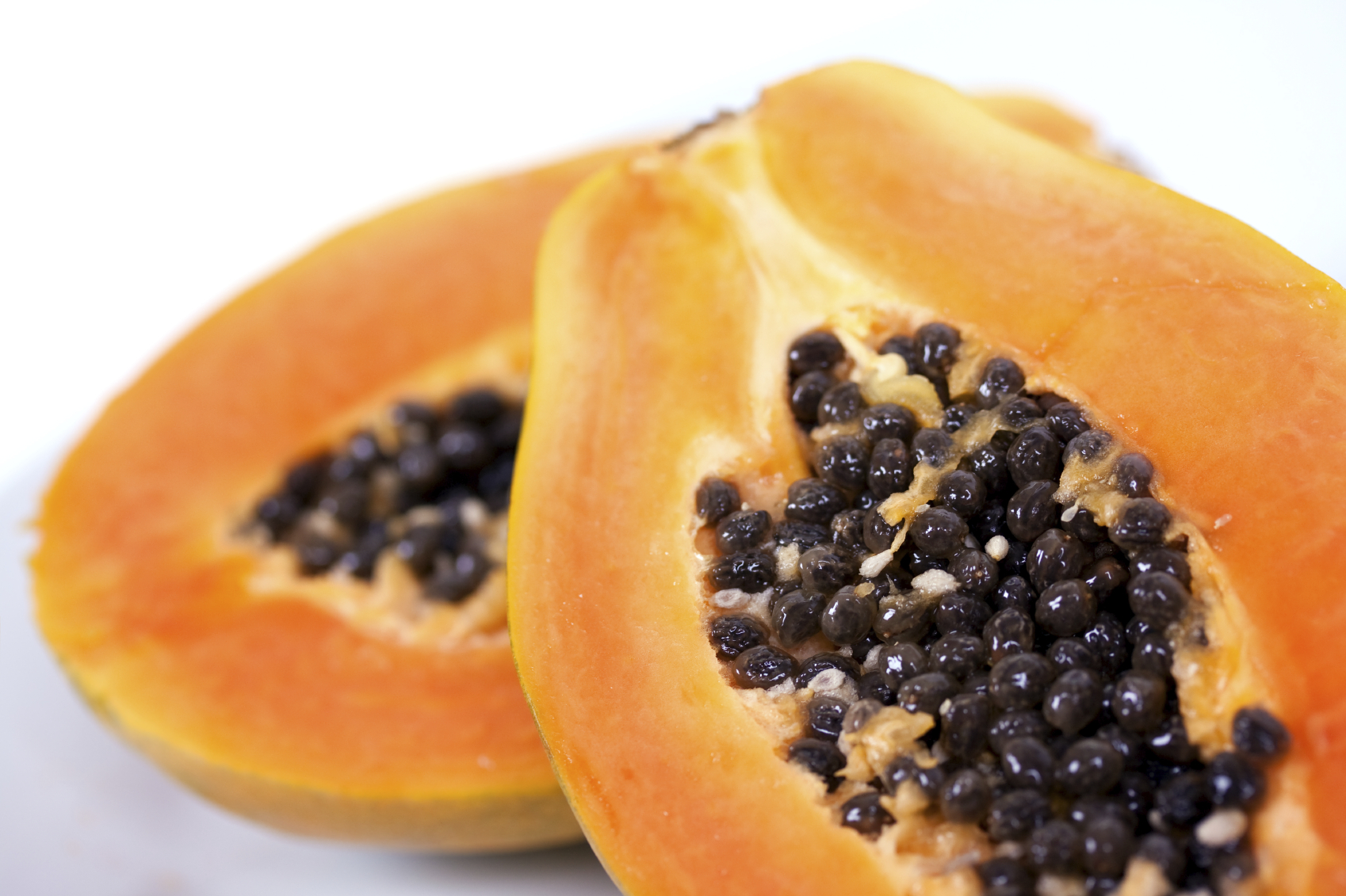 It might not be the most popular fruit in the produce aisle… But papayas come with major health benefits. Here are five reasons to start eating more papaya.
