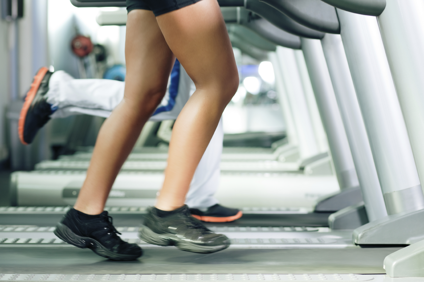Exercise machines often inflate the number of calories you burn while using them, a new study shows. Here's how to know what you really burned…