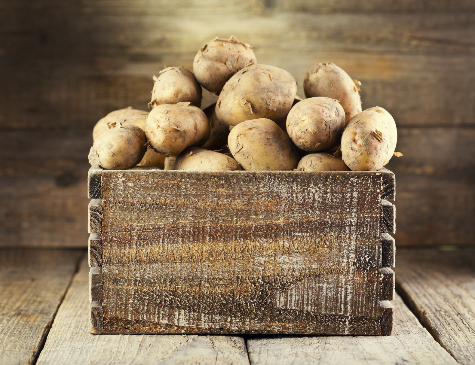A scary new study finds that starchy foods are linked to lung cancer… even if you don't smoke.