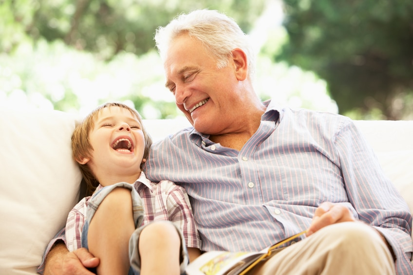 University of Toronto researchers found that close family relationships are more important to living longer than having a wide circle of friends.