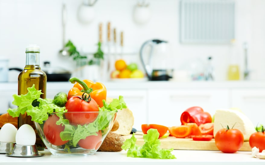 Dr. Isaac Eliaz reveals the simple food choices that will boost your energy and help you lose weight.