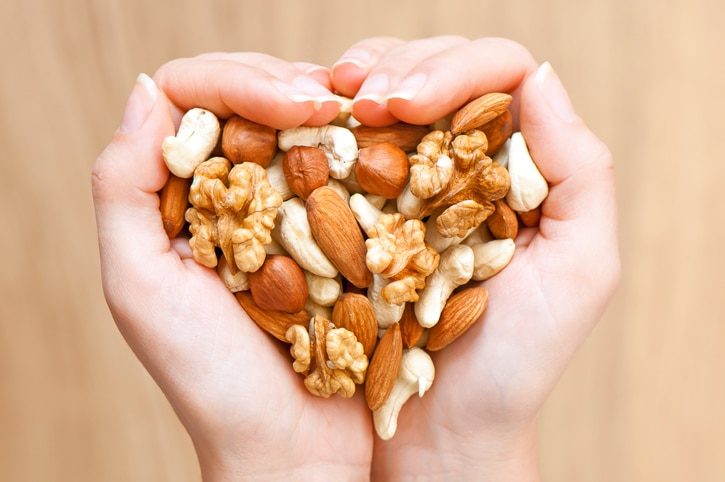 nuts-heart-health