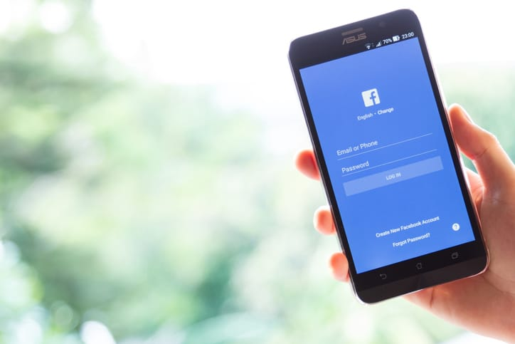 What you post on Facebook reveals your longevity, researchers say.