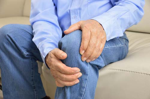 3-28-18-HW-Knee-Pain-Surgery