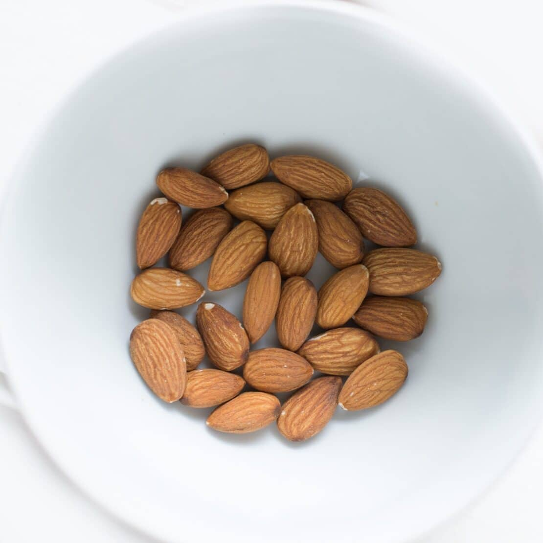 Picture of almonds.